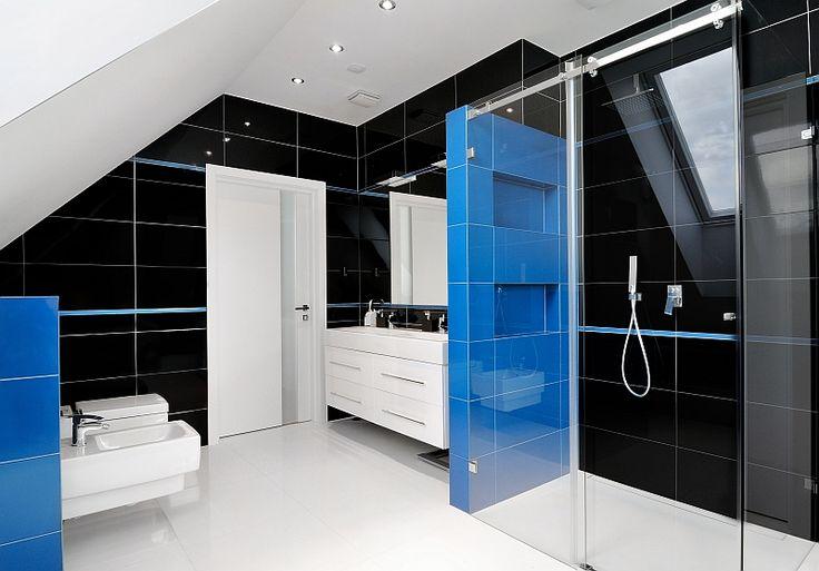 Łazienka na poddaszu | Studio Projektowania Wnętrz