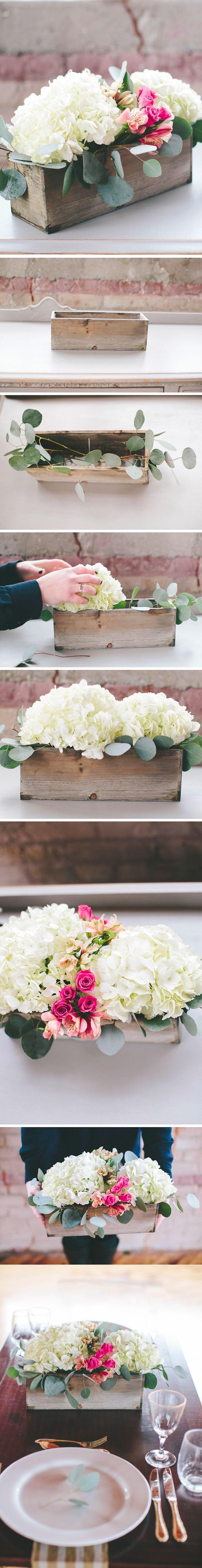 DIY: Centros de mesa con hortensias naturales / http://apracticalwedding.com/