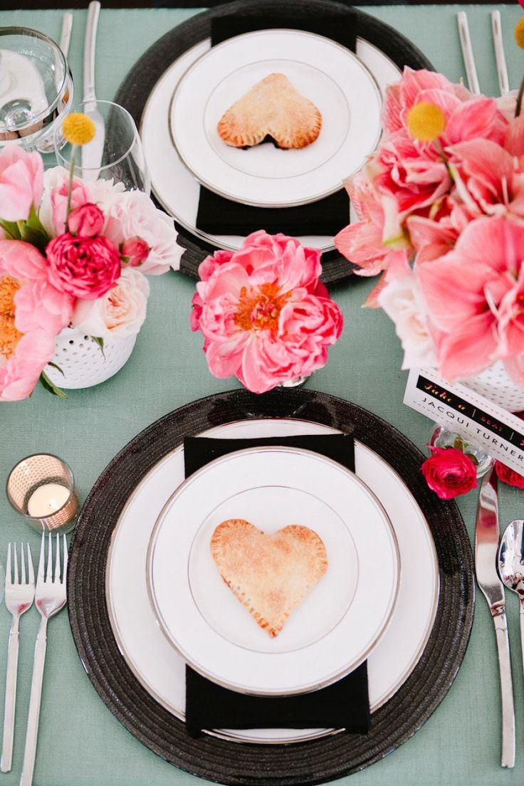 Gorgeous table display. Photography by Brian Leahy