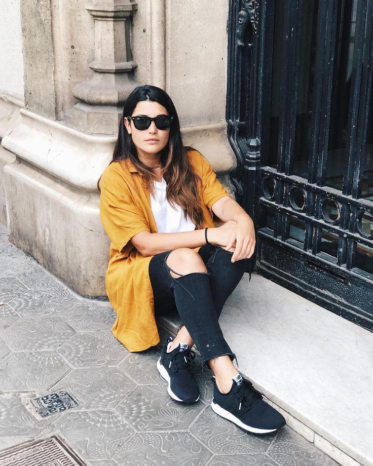 """81.5 mil Me gusta, 230 comentarios - Alba Paul Ferrer (@albapaulfe) en Instagram: """"Paseando por mi ciudad favorita ❤️❤️ @newbalancees #Lifein247"""""""