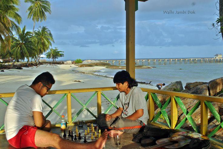 https://flic.kr/p/E9P82m | Main Catur | Pulau Berhala