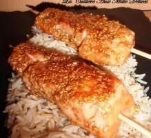 Recette - Brochettes de saumon, miel & sésame - Notée 4.3/5 par les internautes