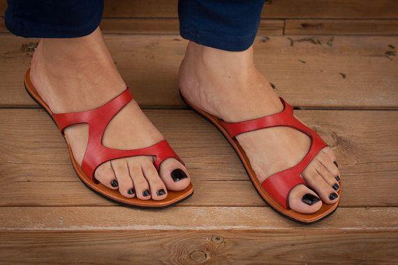 Piel roja, sandalias rojas, sandalias asimétricas, verano zapatos, chanclas, sandalias planas, envío gratis