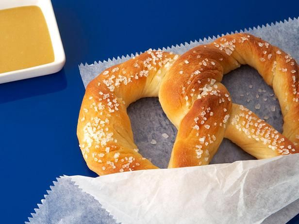 Almost-Famous Soft Pretzels #FNMag: Food Network, Homemade Pretzels, Soft Pretzels Recipe, Aunty Anne, Almost Fam Soft, Famous Soft, Soft Pretzel Recipes, Almost Famous, Copycat Recipe