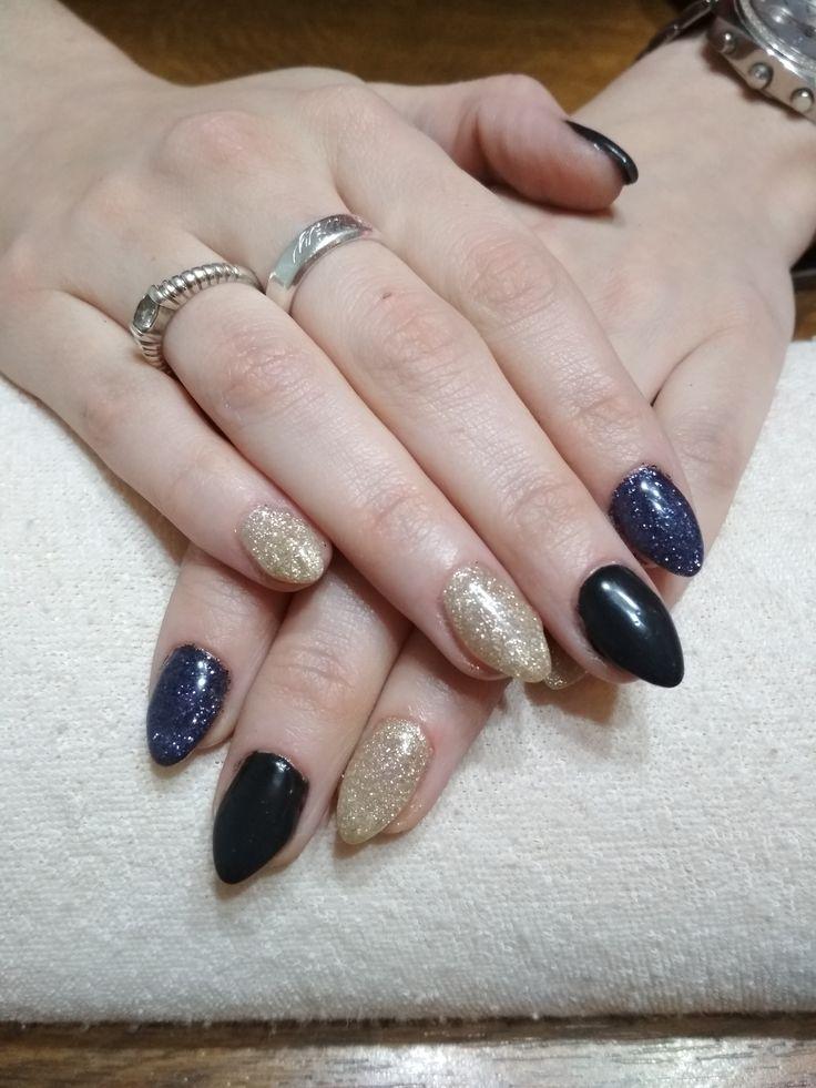 black gel, gold glitter gel, black glitter