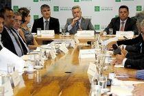Governadores de Brasília e de Goiás discutem manejo de resíduos sólidos - http://noticiasembrasilia.com.br/noticias-distrito-federal-cidade-brasilia/2015/08/11/governadores-de-brasilia-e-de-goias-discutem-manejo-de-residuos-solidos/