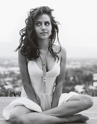 one of my favorites, rip.: Brittanymurphy, Crazy Hair, Famous, Britney Murphy, Brittany Murphy, Brittney Murphy, Girls Interrupted, Beautiful People, Actresses