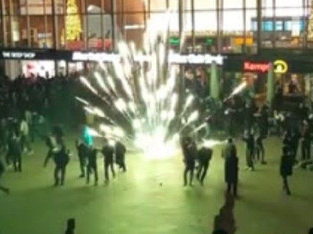 1000  Migrants Brawl, Rape, Sexually Assault, And Steal At ONE German Train Station On New Year's Eve