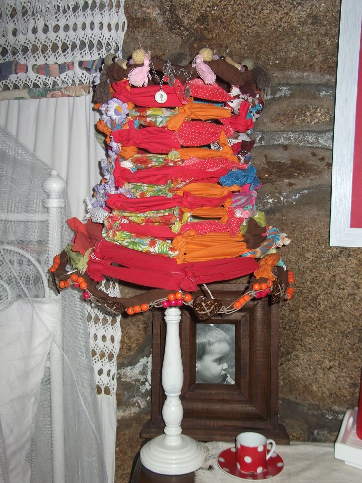Candeeiro reciclado com tecidos