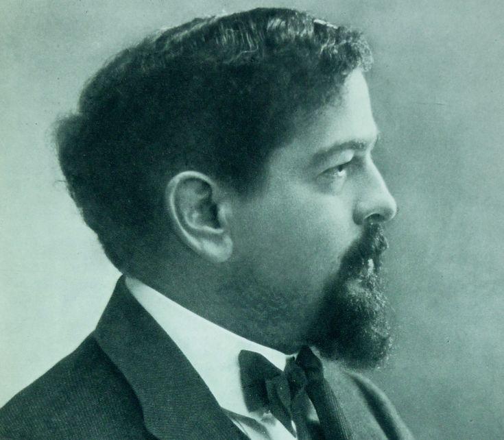 Claude Debussy (22 août 1862 - 25 mars 1918) n'est pas qu'un compositeur de génie qui révolutionna la musique au tournant du XXème siècle. Si son esprit créatif s'est surtout exprimé dans ce domaine, il est aussi un épistolier enflammé dont les lettres d'amour à Marie-Rosalie (dite Lilly) Texier, qu'il épouse en 1899, figurent au panthéon des plus belles déclarations.