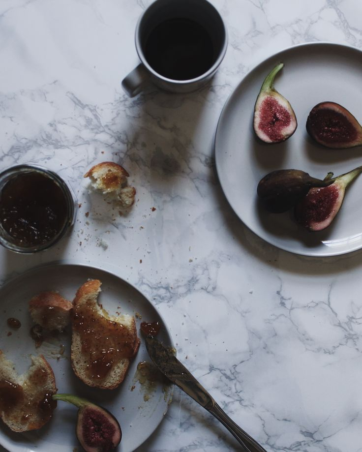 Kitchen envy: marble benchtop, fresh fig jam, and Barber and Osgerby's Olio collection