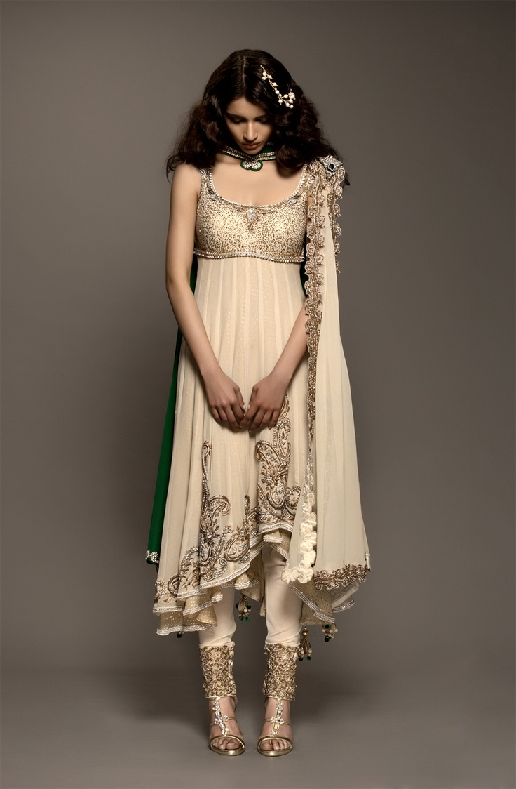 Simple Wedding Dresses Indian Saddha