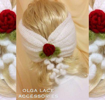 Купить или заказать Вязаная повязка - чалма от Olga Lace в интернет-магазине на Ярмарке Мастеров. Вязаная повязка - чалма от Olga Lace. Белоснежная, мягкая и воздушная как облако повязочка! Декорирована красной розочкой в технике рококо. Можно носить розочкой вперед, повязка двусторонняя. Цвет - белый, красный, зелёный. Olga Lace Accessories Добро пожаловать в магазин эксклюзивной одежды от Olga Lace: www.livemaster.