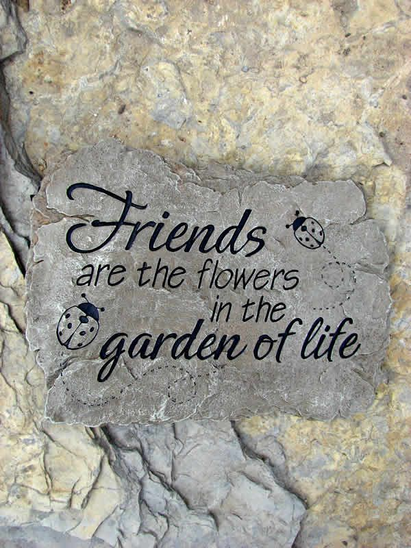 It's FABULOUS FRIDAY GIVEAWAY time! This weekend (Friday 10/2 through Sunday 10/4) you have a chance to WIN a Friends Garden Life Stepping Stone garden plaque from Mondus Distinction!