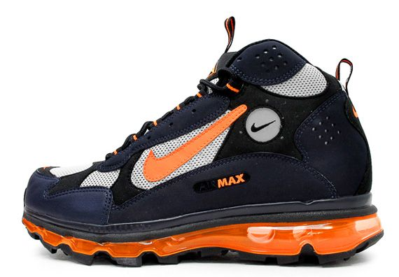 The 360 Max Air influence has spread upon the classic ACG catalog as we get a first look at two sample colorways of the Nike Air Max Terra Sertig, previewed here on Sneaker News a few short weeks ago. It … Continue reading →