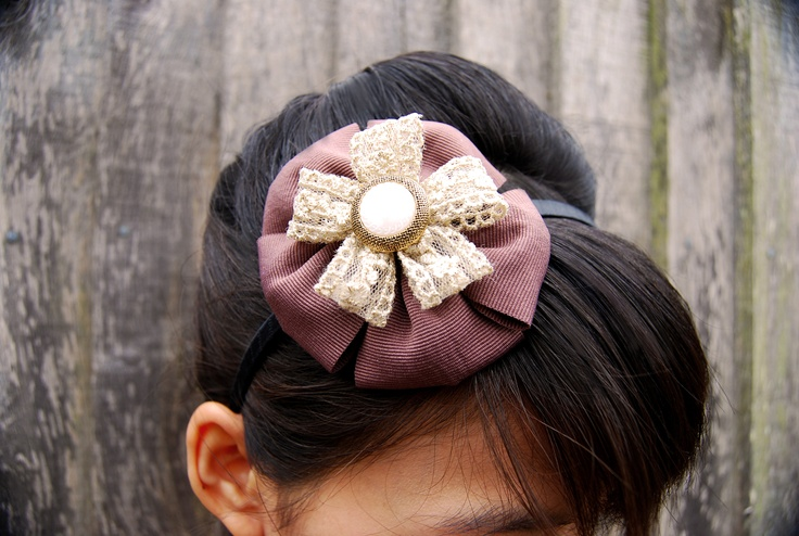 Retro brown ribbon flower hairband with golden lace and vintage style button.
