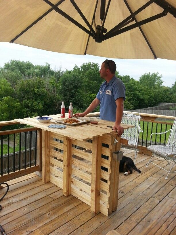 Pallet Bar, I would put a space between the 2 pallets holding the top so its not so easy to tip over.