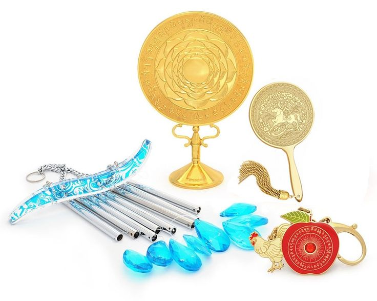 2015 HOROSCOPE KIT FOR RAT  This Kit includes:  1. 8 Rod Crystal Windchime  2. Big Auspicious Mirror  3. 3/8 Power Hotu Mirror  4. Anti-Conflict Amulet  5. FREE Jade Cicada