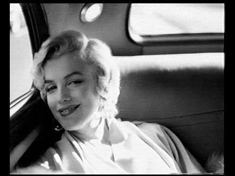 "Marilyn Monroe. Natalie Cole ""Smile""."