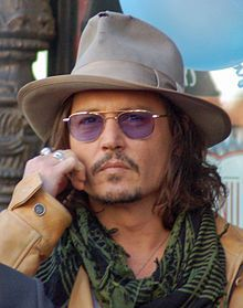 Johnny Depp (1963) Actor, producer & musician. Won a Golden Globe Award & Screen Actors Guild award Best Actor. Depp rose to prominence on the 1980s TV series, 21 Jump Street, becoming a teen idol. Dissatisfied with that status, Depp turned to film for more challenging roles. He has collaborated with director and friend Tim Burton in eight films.