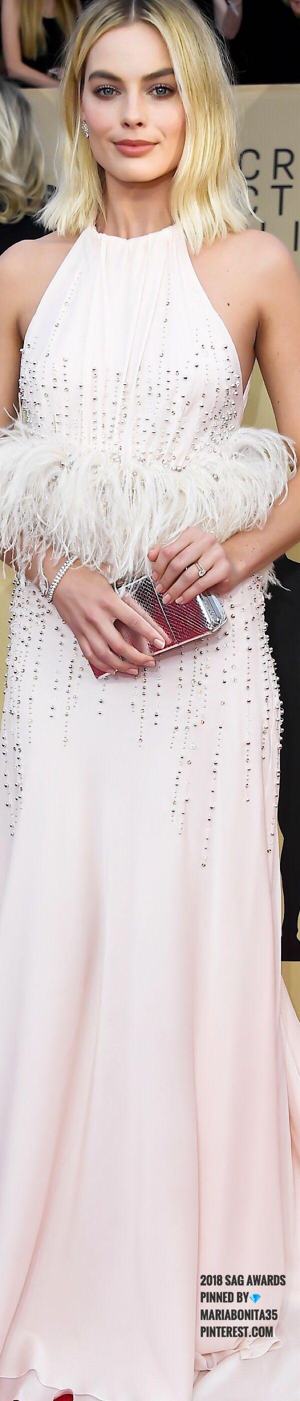 2018 SAG Awards Margot Robbie in Miu Miu