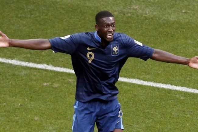 GIST BY BIT : Just In !! Arsenal Signs Yaya Sanogo