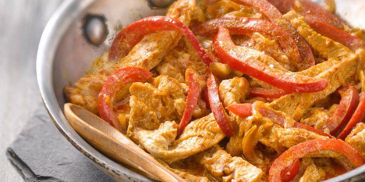 Sauté de dinde au paprika et poivron rouge au lait de coco