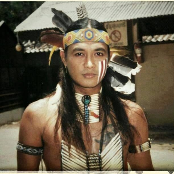 meet native american man Kids learn about roles of women and men in traditional native american society including typical daily work and jobs for both women and men living  native americans.