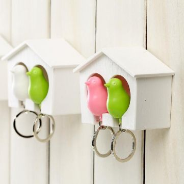 FREE SHIPPING! Birdhouse Whistle Couple Bird Sparrow Nest Keychain Holder Wall Hook SKU099418