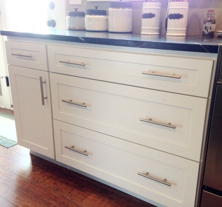 Pin by carey wood on kitchen pinterest for Shaker kitchen cabinet door handles