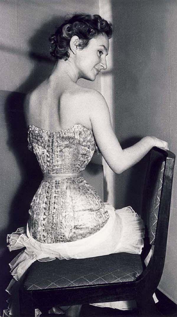 Pauline Lepage. 1950s. | Corsets | Pinterest | 1950s ...