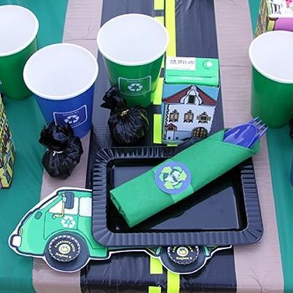 Trash Truck Party Table Setting