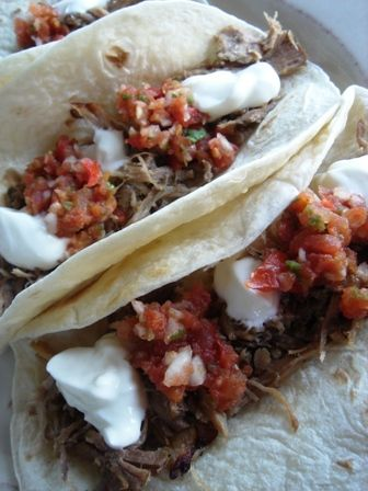 shredded pork tacos: Dinners Tonight, Gifts Cards, Food, Pull Pork, Dinners Tables, Spicy Shredded Pork, Shredded Pork Tacos, Nom Nom, Favorite Recipes