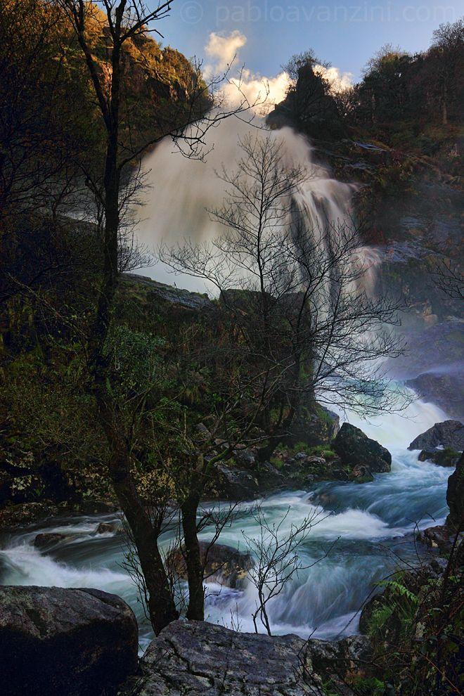 Catarata de la Fervenza. Río Belelle, Neda. La Coruña, España