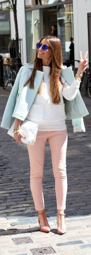 Spring Pastels: Rose Quartz (Pantone Color of the Year 2016)