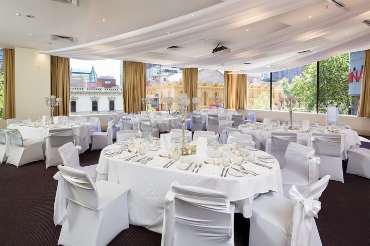 #Rydges Melbourne makes for a perfect wedding venue, right in the heart of the city.