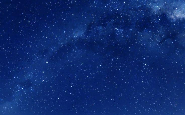 Ночное небо. Красивые маленькие звёздочки.