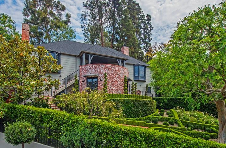 The Styled Life: Flipping Out's Jeff Lewis Gramercy Perfection