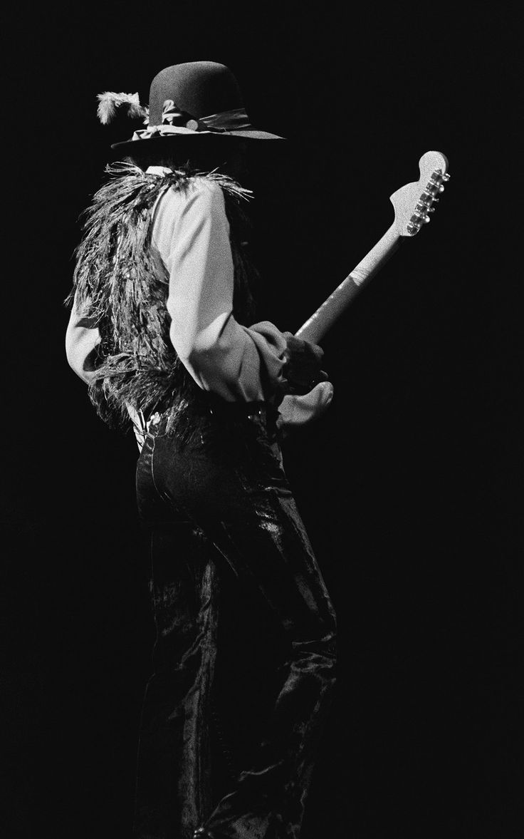 the widely recognized contributions of jimi hendrix While recognized for his musical accomplishments details of those performances are included as much as his musical contributions hendrix moved to london where he formed the jimi hendrix experience with bassist noel redding and drummer mitch mitchell.
