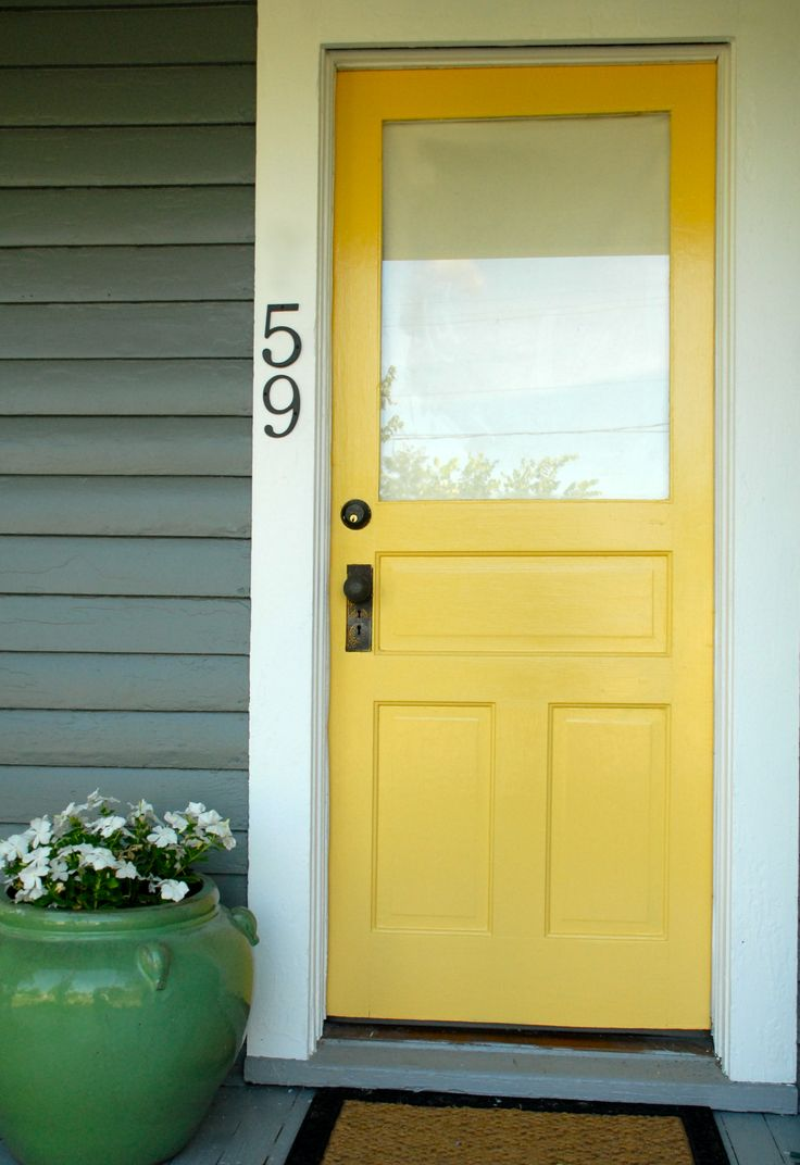 Spotted: Valspar paint in Eddie Bauer Daffodil EB13-2. We can never say no to a bright, colorful front door.