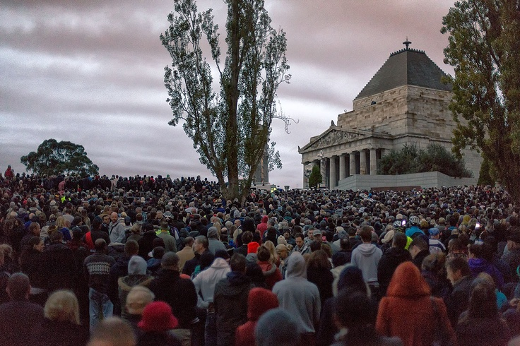 Anzac Day dawn service Shrine of Remembrance Melbourne 2013
