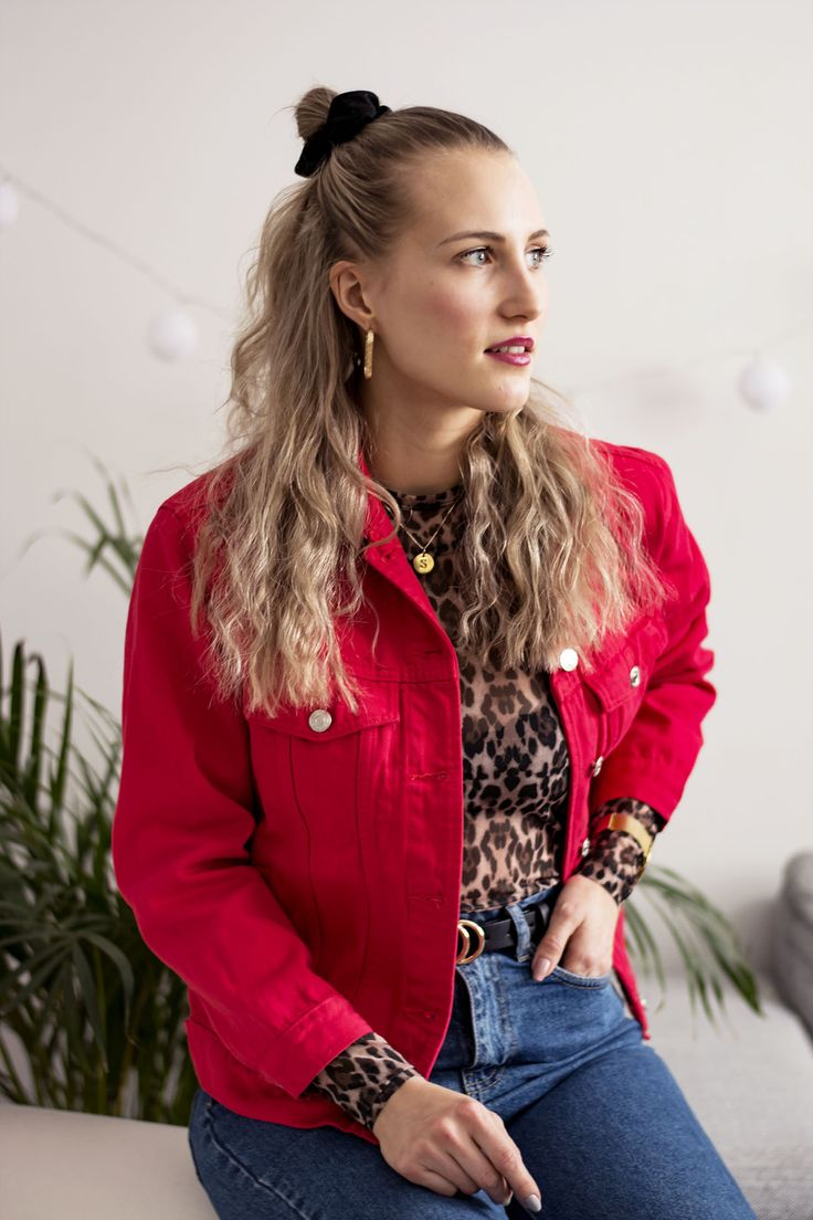 OUTFIT- Red Denim jacket, style, red, mom jeans, scrunchie, leopard, gold, curly hair, stylist, trendy