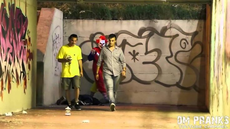 Killer Clown Returns Scare Prank!