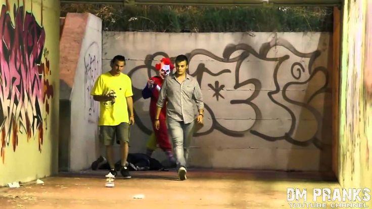 Killer Clown Returns Scare Prank!