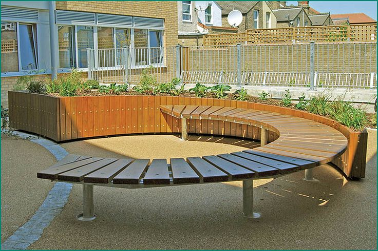 Wood Slats On A Metal Frame Contemporary Garden Benches