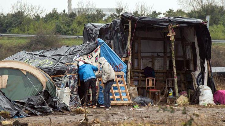 Cabanes, tentes et abris de fortune dans la «nouvelle jungle».