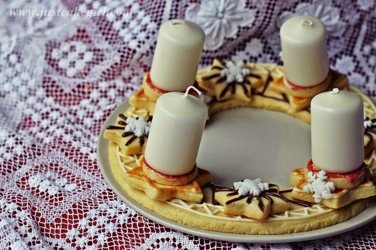 Just cake the Cupcake: Adventski vijenac od keksića :)