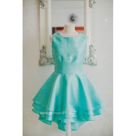 Asymetryczna miętowa sukienka rozkloszowana mini z dłuższym tyłem