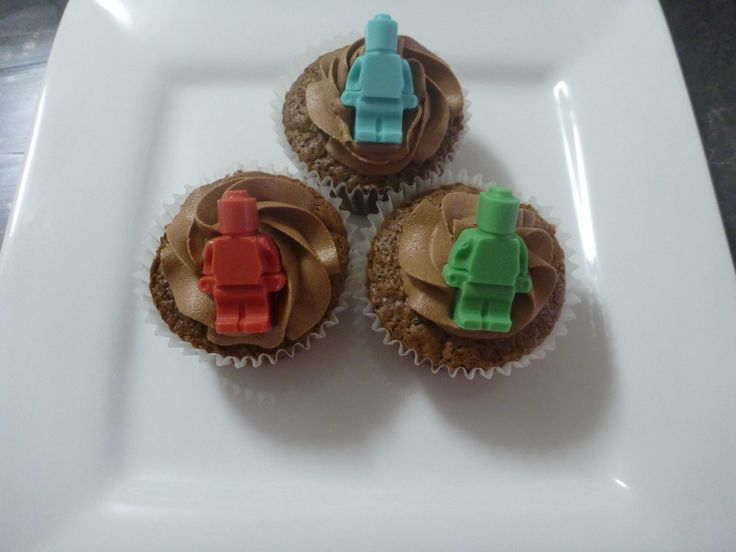 Lego Men Cupcakes