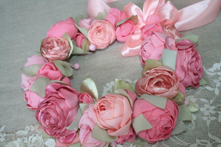 Веночек (атласные и шифоновые цветы)